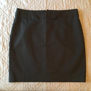 Banana Republic Classic Black Work Skirt Size 10P